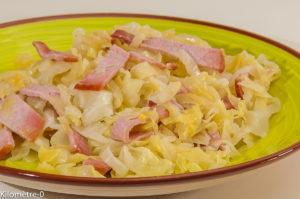 Photo de recette de chou de printemps, chou pointu, bio, bacon, facile, poelée, rapide, facile Kilomètre-0, blog de cuisine réalisée à partir de produits locaux et issus de circuits courts