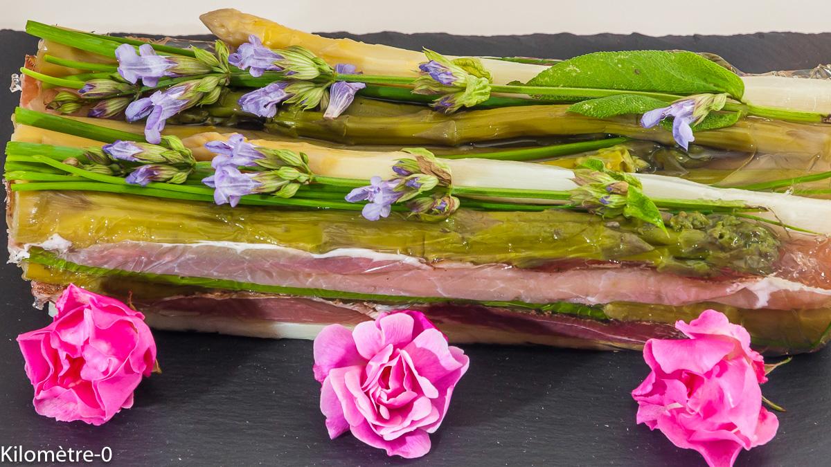 Photo de recette de terrine, asperges vertes, asperges blaches, jambon, facile, rapide de Kilomètre-0, blog de cuisine réalisée à partir de produits locaux et issus de circuits courts