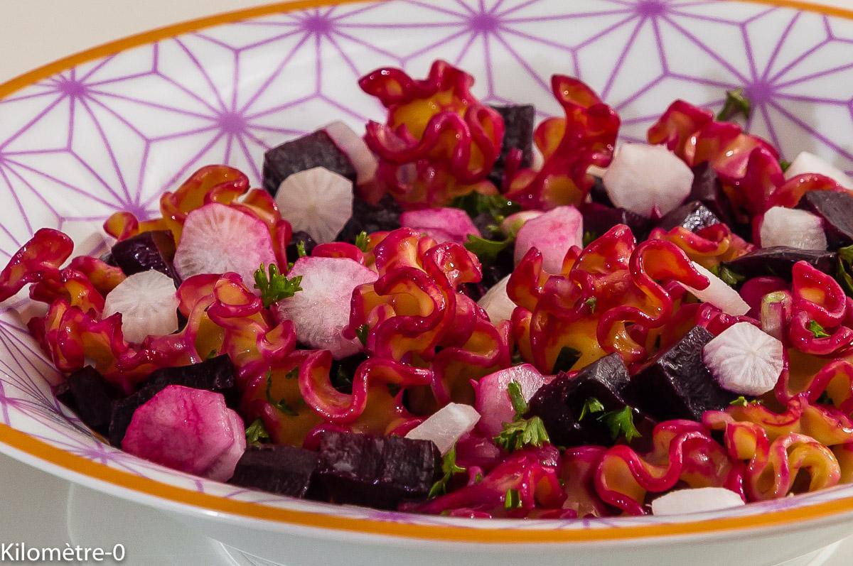 Photo de recette de salade de pâtes, betteraves, radis, facile, rapide, légère, de  Kilomètre-0, blog de cuisine réalisée à partir de produits locaux et issus de circuits courts