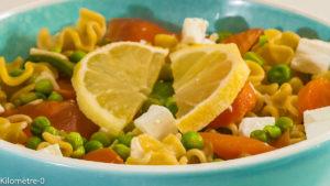 Photo de recette de salade, petits pois, fêta, carotte, pois gourmands,  Kilomètre-0, blog de cuisine réalisée à partir de produits locaux et issus de circuits courts