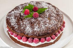 Photo de recette de gâteau au chocolat, courgettes, framboises, ricotta deKilomètre-0, blog de cuisine réalisée à partir de produits locaux et issus de circuits courts