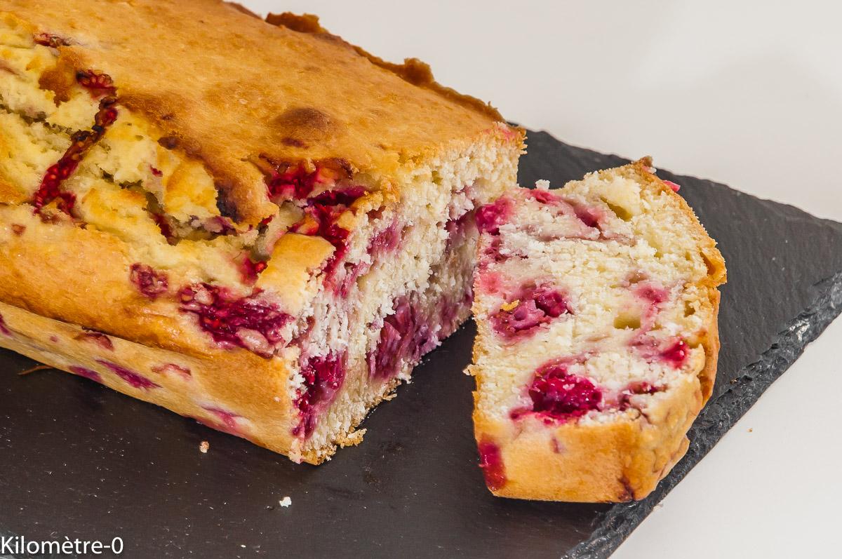 Photo de recette de gâteau du matin, framboises, noix de coco, cake, facile, rapide, léger, bio de  Kilomètre-0, blog de cuisine réalisée à partir de produits locaux et issus de circuits courts