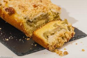 Photo de recette de crumbcake, rhubarbe framboises de  Kilomètre-0, blog de cuisine réalisée à partir de produits locaux et issus de circuits courts