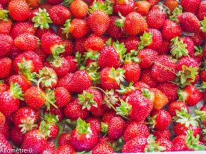 Photo de recette de fraises de Kilomètre-0, blog de cuisine réalisée à partir de produits locaux et issus de circuits courts
