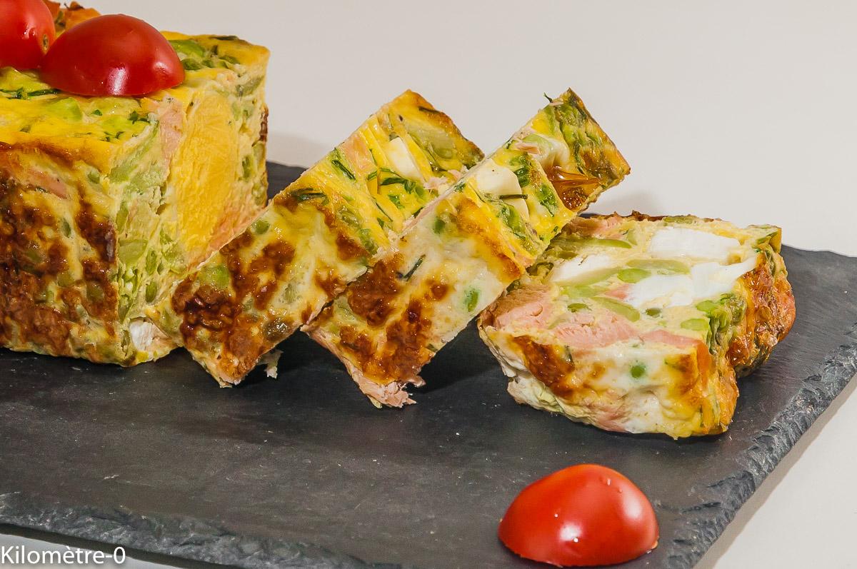 Photo de recette de terrine, fêta, cake, saumon, oeufs, oeuf de Kilomètre-0, blog de cuisine réalisée à partir de produits locaux et issus de circuits courts