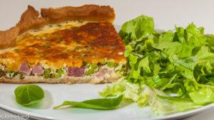 Photo de recette de tarte salée, quiche, petits pois, jambon, fromage, mimolette, de Kilomètre-0, blog de cuisine réalisée à partir de produits locaux et issus de circuits courts