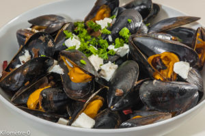 Photo de recette de moules, chorizo fêta, cèpes de Kilomètre-0, blog de cuisine réalisée à partir de produits locaux et issus de circuits courts