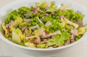 Photo de recette de salade de petits pois à la française, jambon, facile, rapide de Kilomètre-0, blog de cuisine réalisée à partir de produits locaux et issus de circuits courts