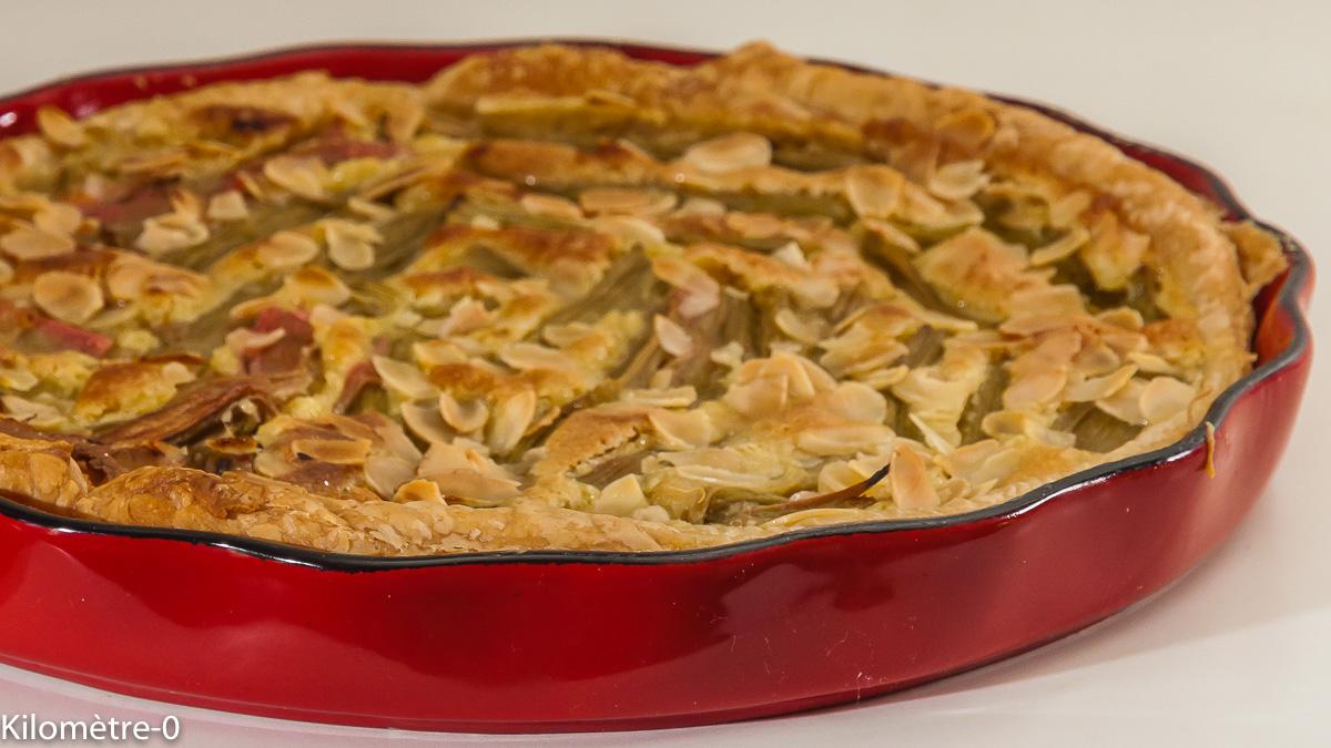 Photo de recette de tarte rhubarbe, amandes de  Kilomètre-0, blog de cuisine réalisée à partir de produits locaux et issus de circuits courts