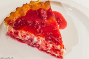 Photo de recette de cheesecake, framboises de Kilomètre-0, blog de cuisine réalisée à partir de produits locaux et issus de circuits courts