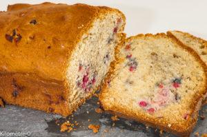 Photo de recette de gâteau du matin, cake, fruits rouges, facile, rapide, léger, Kilomètre-0, blog de cuisine réalisée à partir de produits locaux et issus de circuits courts