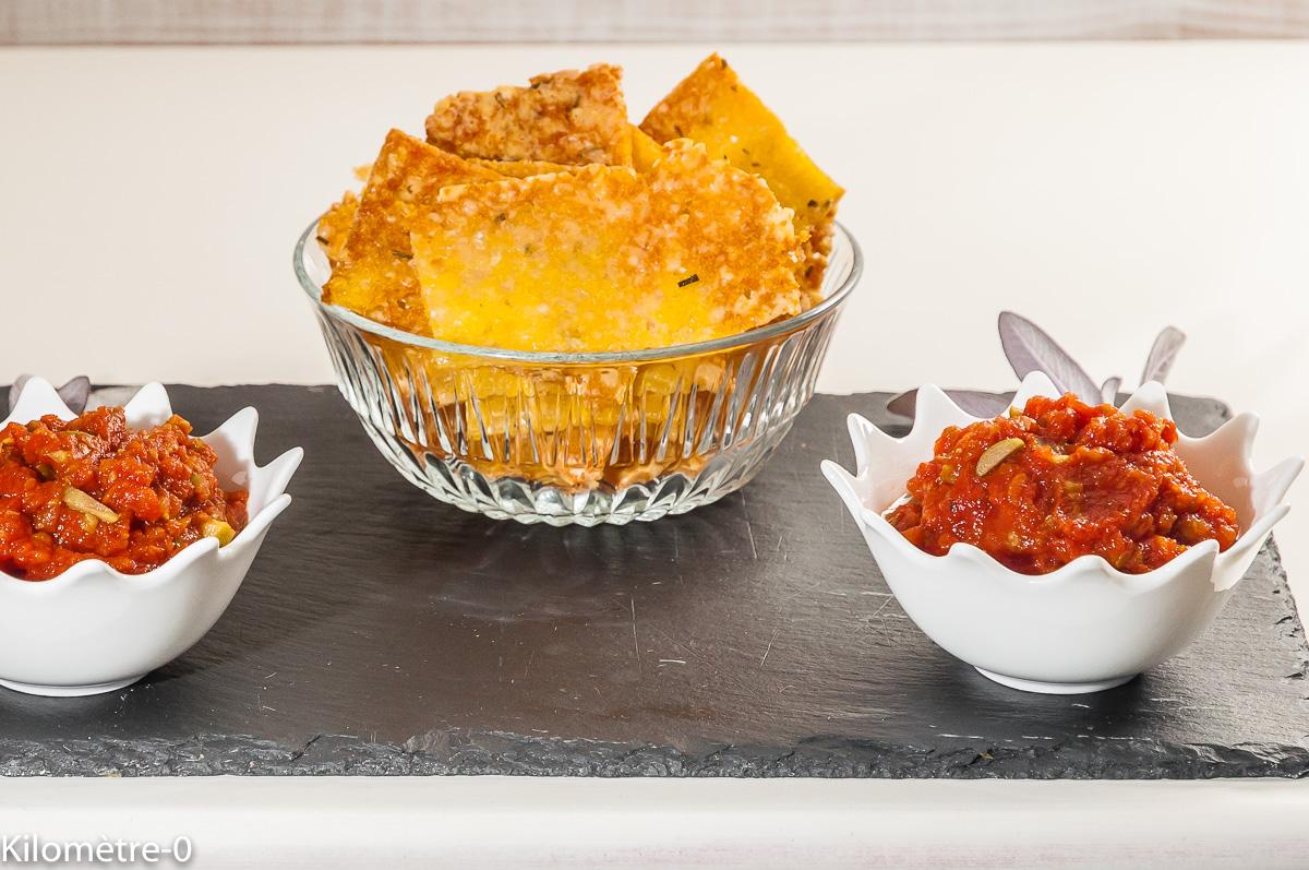 Photo de recette de chips maison, chips de polenta, grana padano, fromage, apéro, Kilomètre-0, blog de cuisine réalisée à partir de produits locaux et issus de circuits courts