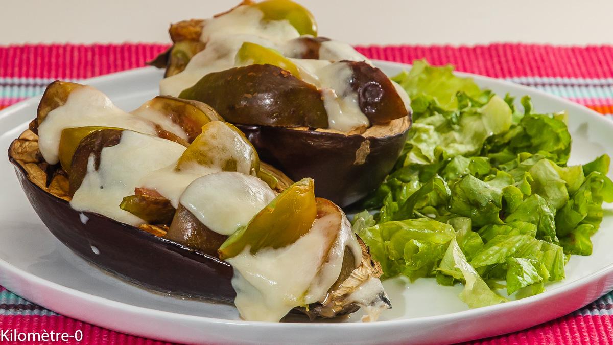 Photo de recette d'aubergine farcie, végétarienne, healthy, facile, figues, été, mozzarella de Kilomètre-0, blog de cuisine réalisée à partir de produits locaux et issus de circuits courts