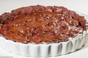 Photo de recette de tarte facile, chocolat, framboises, de  Kilomètre-0, blog de cuisine réalisée à partir de produits locaux et issus de circuits courts