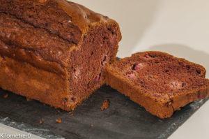 Photo de recette de cake facile, léger, gâteau du matin cacao, framboises de Kilomètre-0, blog de cuisine réalisée à partir de produits locaux et issus de circuits courts