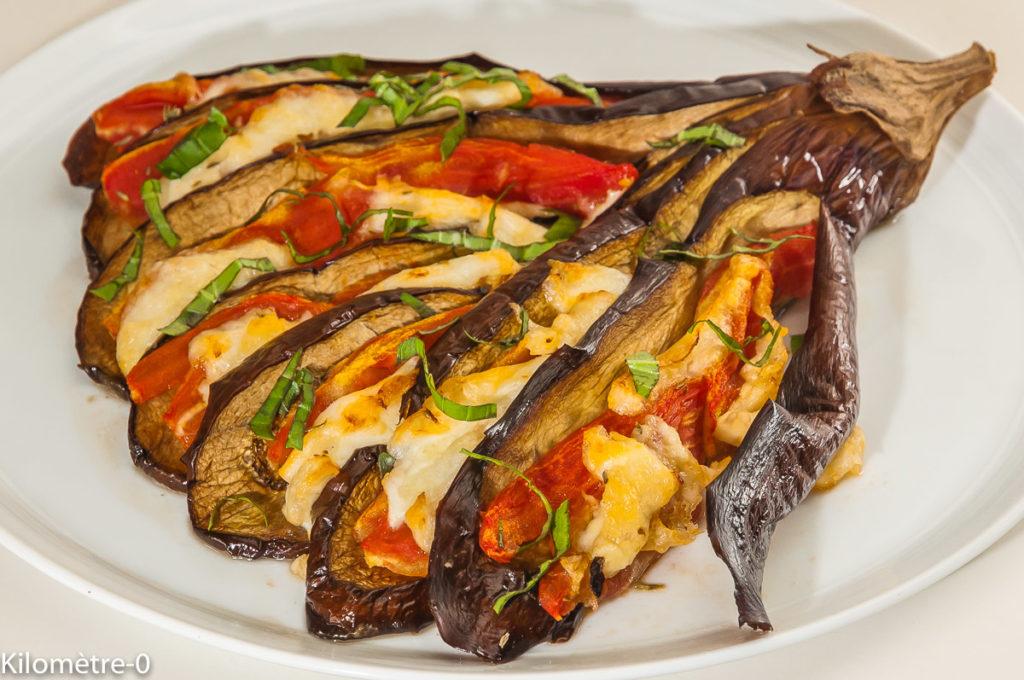 Photo de recette d'éventail d'aubergines, bio, maison, facile, mozzarella, tomates, été, Kilomètre-0, blog de cuisine réalisée à partir de produits locaux et issus de circuits courts