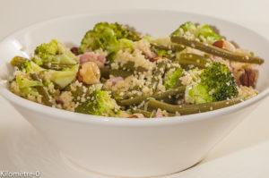 Photo de recette de salade, jambon, noisettes, brocolis, haricots verts de Kilomètre-0, blog de cuisine réalisée à partir de produits locaux et issus de circuits courts