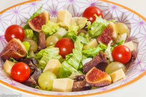 Photo de recette de salade composée, automne, figues, gésiers, raisins de Kilomètre-0, blog de cuisine réalisée à partir de produits locaux et issus de circuits courts