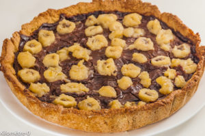 Photo de recette de tarte aux bananes, chocolat, noisettes, gourmande, Kilomètre-0, blog de cuisine réalisée à partir de produits locaux et issus de circuits courts