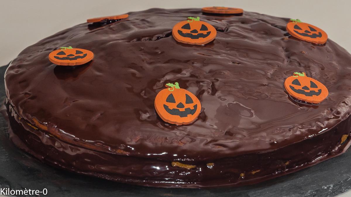 Photo de recette de  gâteau facile d'halloween, enfant, citrouille, chocolat, rapide, dessert, fête, bio de Kilomètre-0, blog de cuisine réalisée à partir de produits locaux et issus de circuits courts