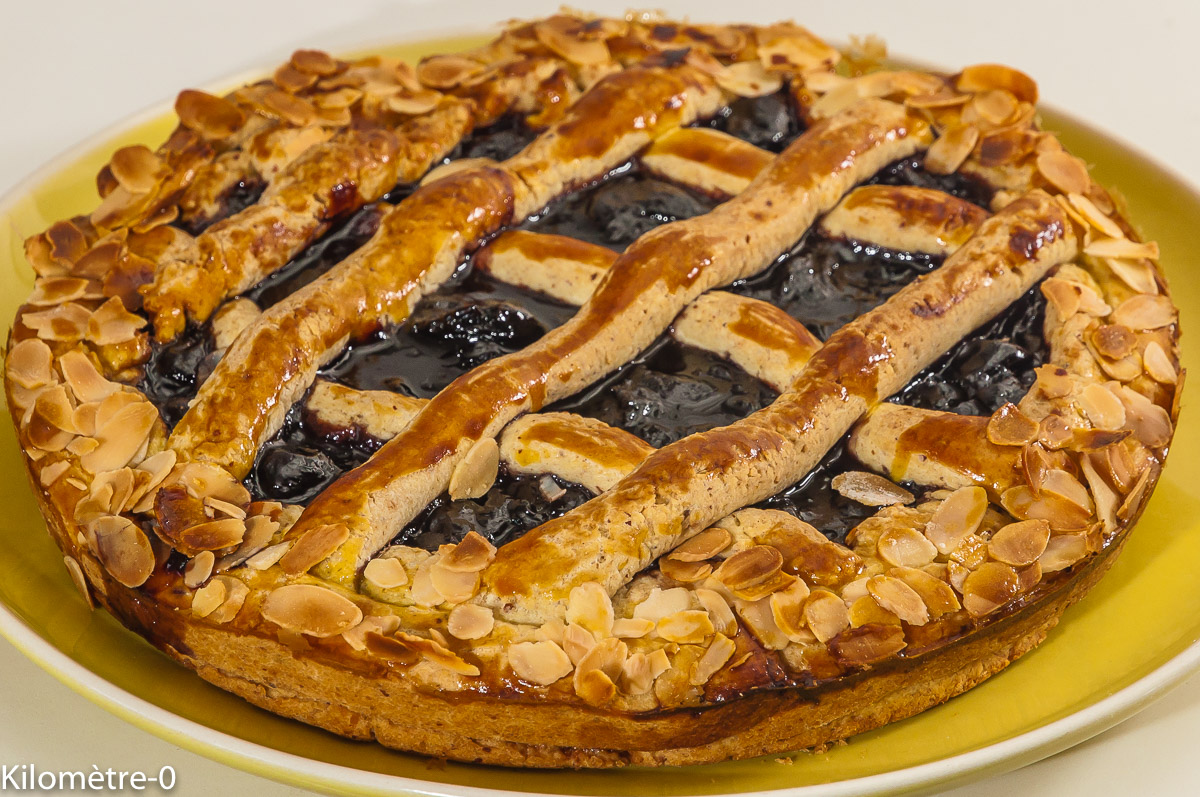 Photo de recette de tarte Linz, Haute Autriche, autrichienne,dessert, cerises, fruits de  Kilomètre-0, blog de cuisine réalisée à partir de produits locaux et issus de circuits courts