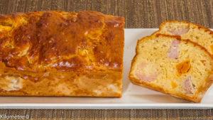 Photo de recette de cake salé, apéro, saucisse, courge, butternut, rapide, facile, léger de Kilomètre-0, blog de cuisine réalisée à partir de produits locaux et issus de circuits courts