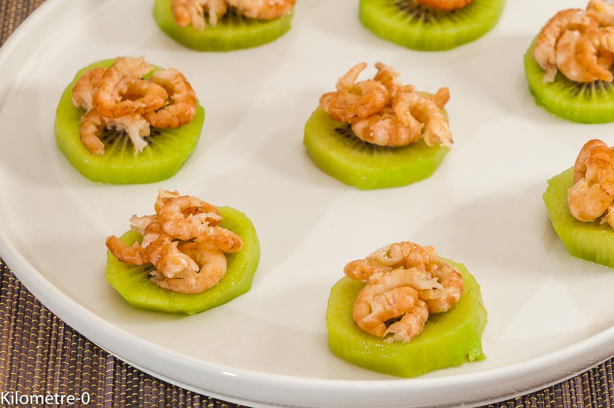 Photo de recette d'apéro, kiwi, crevettes, facile, rapide, léger, fruits de Kilomètre-0, blog de cuisine réalisée à partir de produits locaux et issus de circuits courts