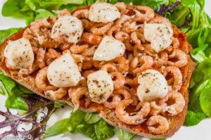Photo de recette facile, crevettes grises, tomatine, tomate, mozzarella, rapide, léger de de Kilomètre-0, blog de cuisine réalisée à partir de produits locaux et issus de circuits courts