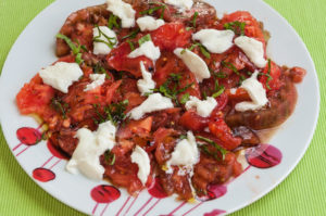 image de recette de tomates mozzarella, bio, légère, facile, rapide, healthy, végétarienne, du blog Kilomètre-0, cuisine de saison, bio
