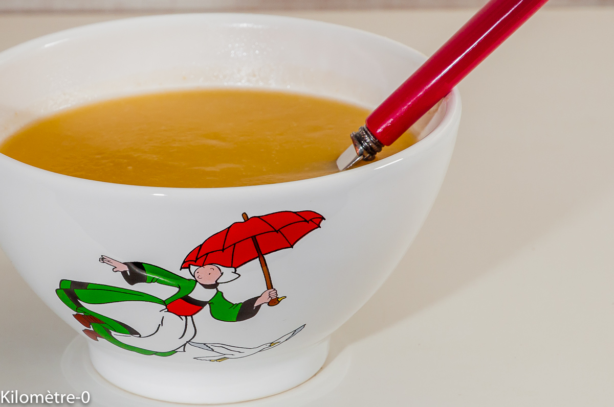 Photo de recette de soupe de rutabaga , sirop d'érable, potage, légumes, hiver deKilomètre-0, blog de cuisine réalisée à partir de produits de saison et issus de circuits courts