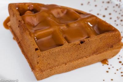 Photo de recette de gaufre au caramel au beurre salé maison, facile, Kilomètre-0, blog de cuisine réalisée à partir de produits de saison et issus de circuits courts