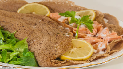 Photo de recette de galette au saumon, citron, légère, facile, bretonne de Kilomètre-0, blog de cuisine réalisée à partir de produits de saison et issus de circuits courts