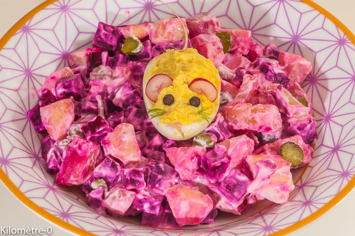 Photo de recette de salade estonienne, betterave, pomme de terre, oeuf, rosalje, facile, économique, bio, rapide, four vapeur de  Kilomètre-0, blog de cuisine réalisée à partir de produits de saison et issus de circuits courts