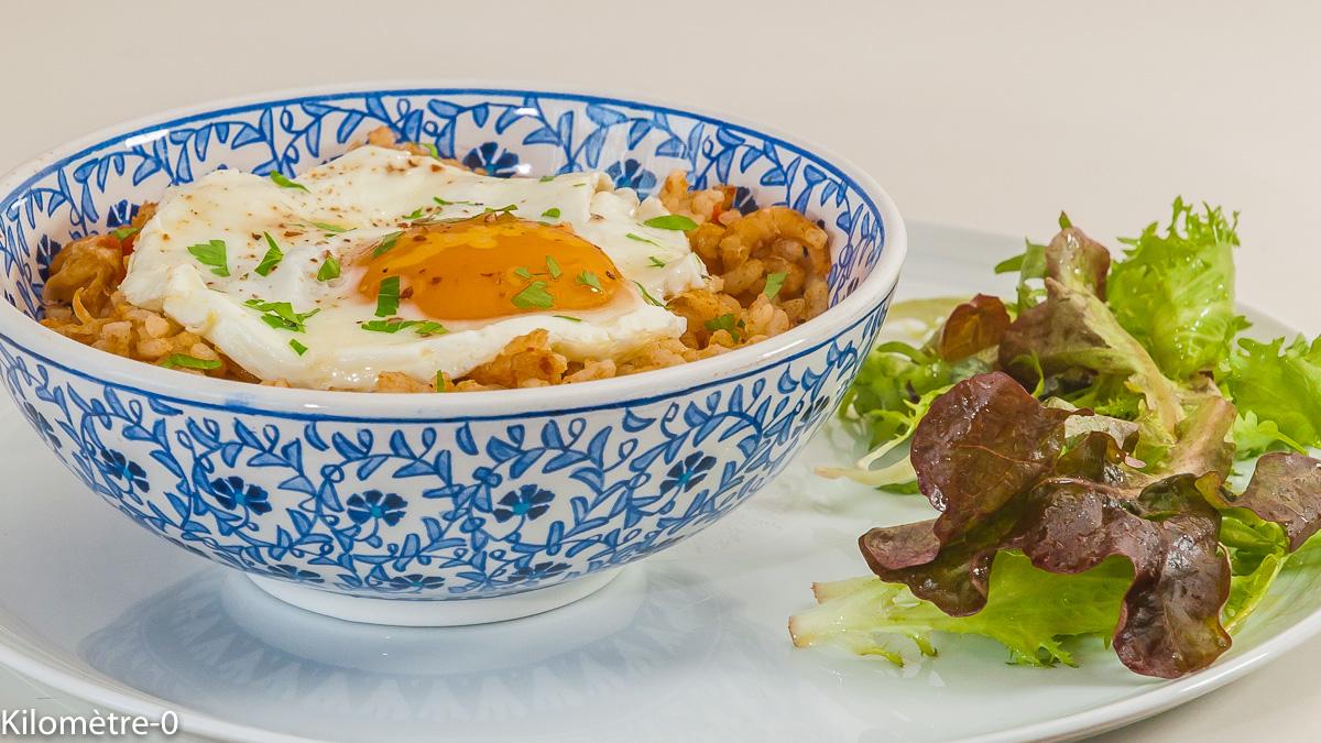 Photo de recette de nasi goreng, Brunei, riz frit, cuisine asiatique, facile, rapide, économique, végétarienne, healthy, saine de  Kilomètre-0, blog de cuisine réalisée à partir de produits de saison et issus de circuits courts