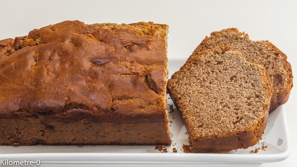Photo de recette de gâteau du matin au chataigne, farine de châtaigne, marrons glacés, facile, rapide, healthy, Kilomètre-0, blog de cuisine réalisée à partir de produits de saison et issus de circuits courts