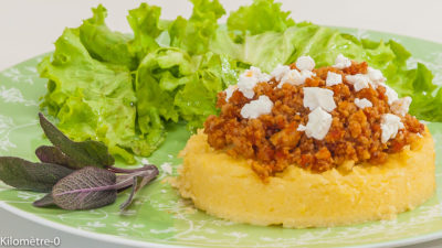 Photo de recette de polenta, saucisses, italienne, Italie, facile, rapide, Kilomètre-0, blog de cuisine réalisée à partir de produits de saison et issus de circuits courts
