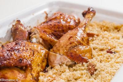 Photo de recette de poulet aux épices douces, semoule, bio de  Kilomètre-0, blog de cuisine réalisée à partir de produits de saison et issus de circuits courts