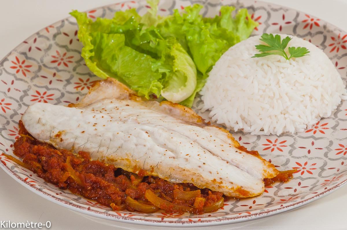 Photo de recette de poisson, Bangladesh, cuisine asiatiqeu,  sauce épicée, facile, bar, rapide, tomates,  Kilomètre-0, blog de cuisine réalisée à partir de produits de saison et issus de circuits courts
