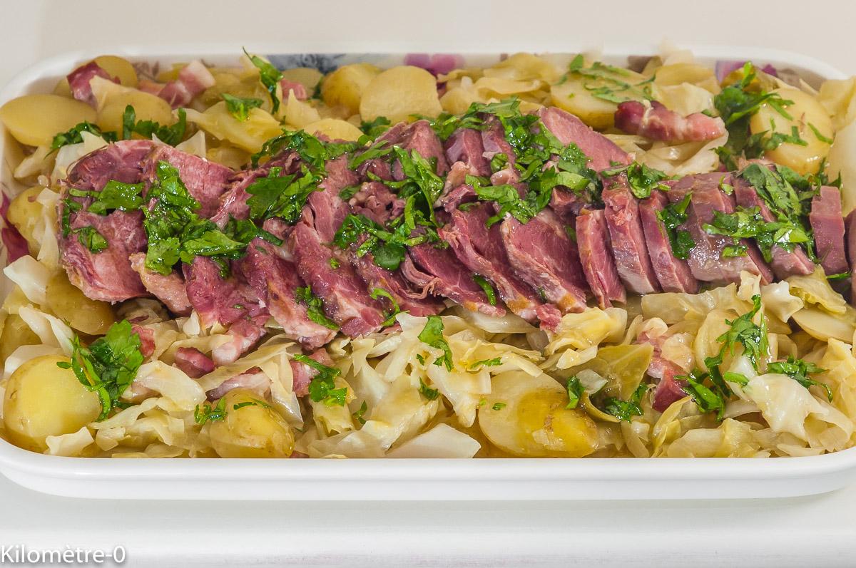Photo de recette de langue de porc, pommes de terre nouvelles, chou pointu, salade, facile, healthy de de Kilomètre-0, blog de cuisine réalisée à partir de produits de saison et issus de circuits courts