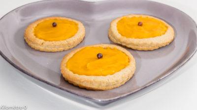 Photo de recette de sablés à la crème d'abricot, biscuits, petits gâteaux, dessert, tartelette Kilomètre-0, blog de cuisine réalisée à partir de produits de saison et issus de circuits courts