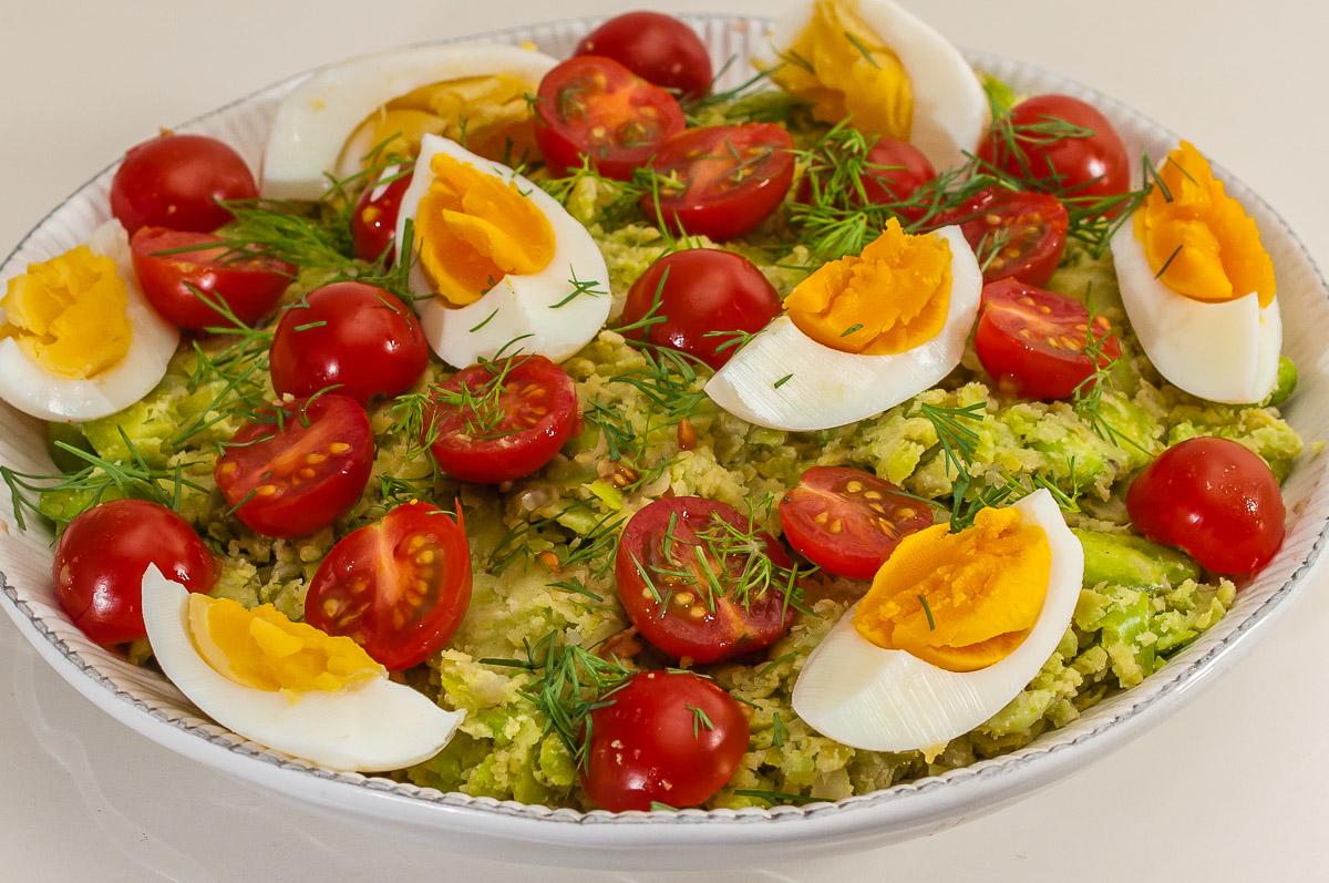 Photo de recette de Ful madammas, Jordanie, cuisine jordanienne, plat jordanien, fèves, tomates, salade,  Kilomètre-0, blog de cuisine réalisée à partir de produits de saison et issus de circuits courts