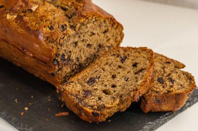Photo de recette de gâteau du matin, cerises, yaourt, cake, bio, facile, léger de Kilomètre-0, blog de cuisine réalisée à partir de produits de saison et issus de circuits courts