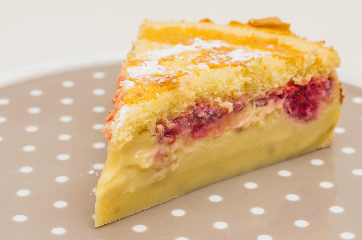 Photo de recette de gâteau magique à la framboise, facile, rapide, léger de  Kilomètre-0, blog de cuisine réalisée à partir de produits de saison et issus de circuits courts