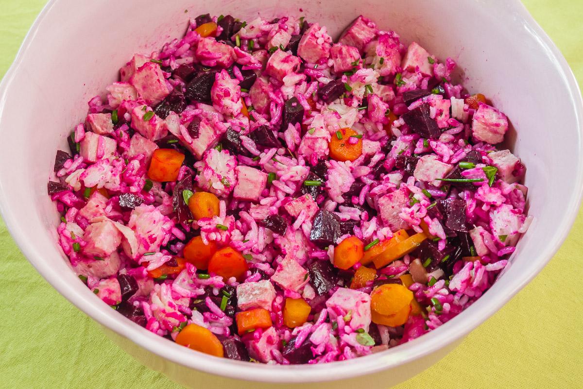 Photo de recette de salade de riz, betteraves, jambon, carottes, facile, healthy, rapide, léger, bio de Kilomètre-0, blog de cuisine réalisée à partir de produits de saison et issus de circuits courts