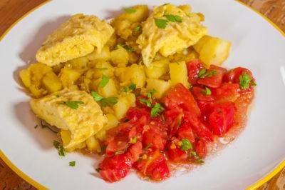 Photo de recette de curry d'omelette, cuisine indienne, pomme de terre, oeufs, facile, végétarien, healthy, épices, bio de  Kilomètre-0, blog de cuisine réalisée à partir de produits de saison et issus de circuits courts