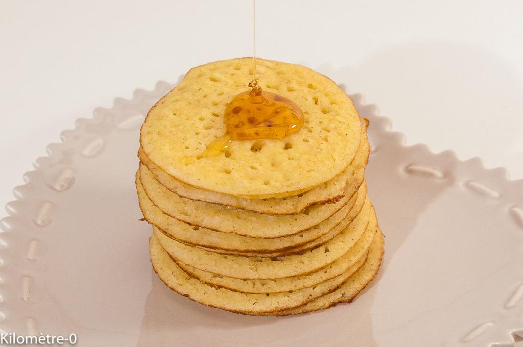 Photo de recette de bagrir, crêpes à trous, marocaine, Magrheb, semole, miel, facile, cuisine du monde,  Kilomètre-0, blog de cuisine réalisée à partir de produits de saison et issus de circuits courts