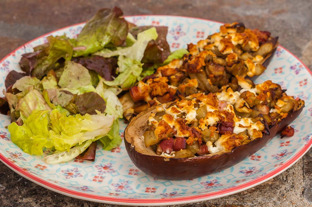 Photo de recette d'aubergine farcie, légumes, cèpes, champignons, jambon, healthy, facile, de Kilomètre-0, blog de cuisine réalisée à partir de produits de saison et issus de circuits courts