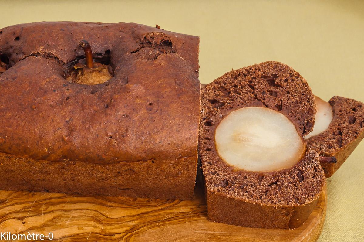 Photo de recette de cake, gâteau, gâteau du matin, poires entières, poires, châtaignes, chocolat, facile, bio, léger, healthy, de Kilomètre-0, blog de cuisine réalisée à partir de produits de saison et issus de circuits courts