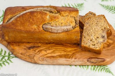 Photo de recette de banana bread aux flocons d'avoine, gâteau du matin, bananes, fruits, énergétique, bio, facile, rapide, de Kilomètre-0, blog de cuisine réalisée à partir de produits de saison et issus de circuits courts