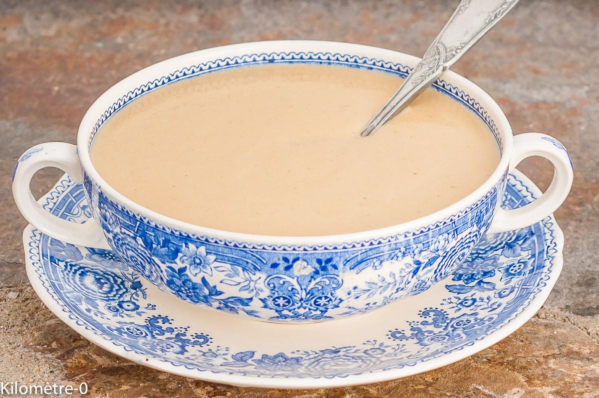 Photo de recette de lait concentré maison, facile, healthy, laitage, crème, Kilomètre-0, blog de cuisine réalisée à partir de produits de saison et issus de circuits courts
